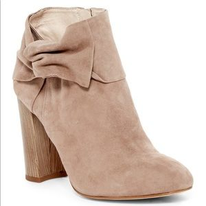 Louise Et Cie Suede Leather Ankle Booties 9 Boots
